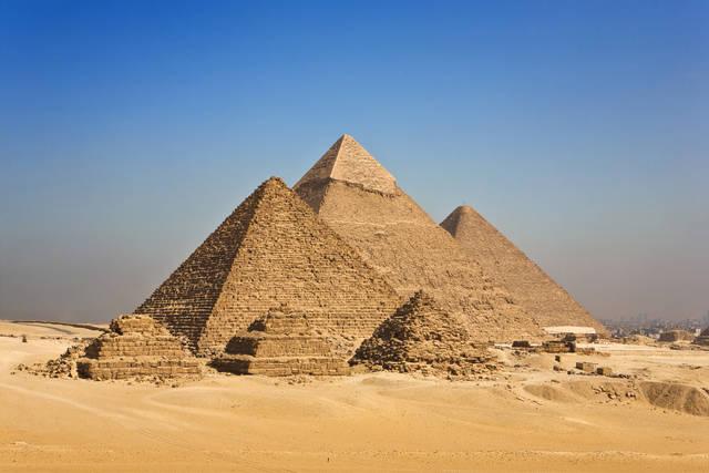 la-grande-piramide-di-giza.jpeg